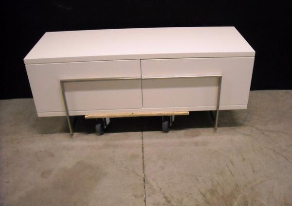 vision tv schrank bert plantagie outlet. Black Bedroom Furniture Sets. Home Design Ideas